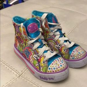 Sketcher high top twinkle toes size US 11